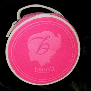 New!  benefit brand pink velvet cosmetic bag
